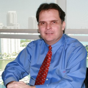 Eric I. Bustillo, Director of the SEC's Miami Regional Office - Photo: Arquimedes Trujillo